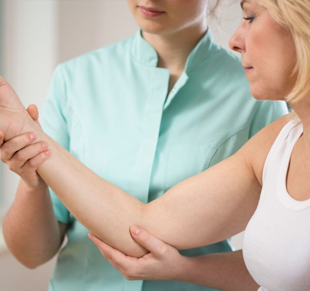 Elbow Pain Treatments   B3 Medical in Tampa